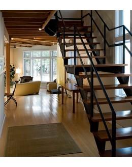 Маршевая лестница М2 с площадкой
