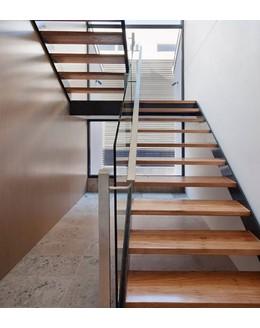 Маршевая лестница М9 без подступенков