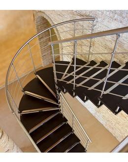 Больцевая лестница Б5 поворотная  забежная  без опорного столба