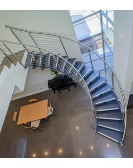 Больцевая лестница Б6 из нержавеющей стали