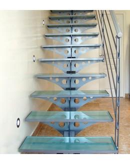 Стеклянная лестница   ЛС 1 прямая на монокосоуре