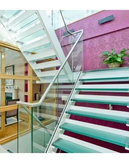 Стеклянная лестница ЛС 7 маршевая на тетиве