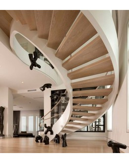 Кольцевая лестница КО-3 на тетиве с дубовыми ступенями