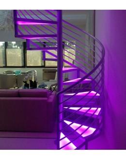Винтовая лестница В9 с меняющейся подсветкой
