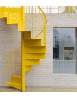 Винтовая лестница В11 на больцах