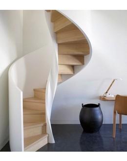 Винтовая лестница В14 на тетиве