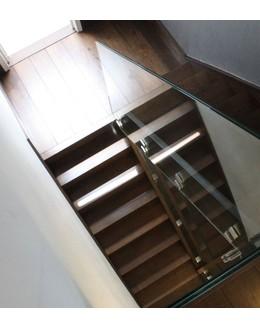 Маршевая лестница  М20 поворотная с площадкой на косоуре