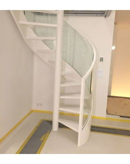 Винтовая лестница   В19 на тетиве